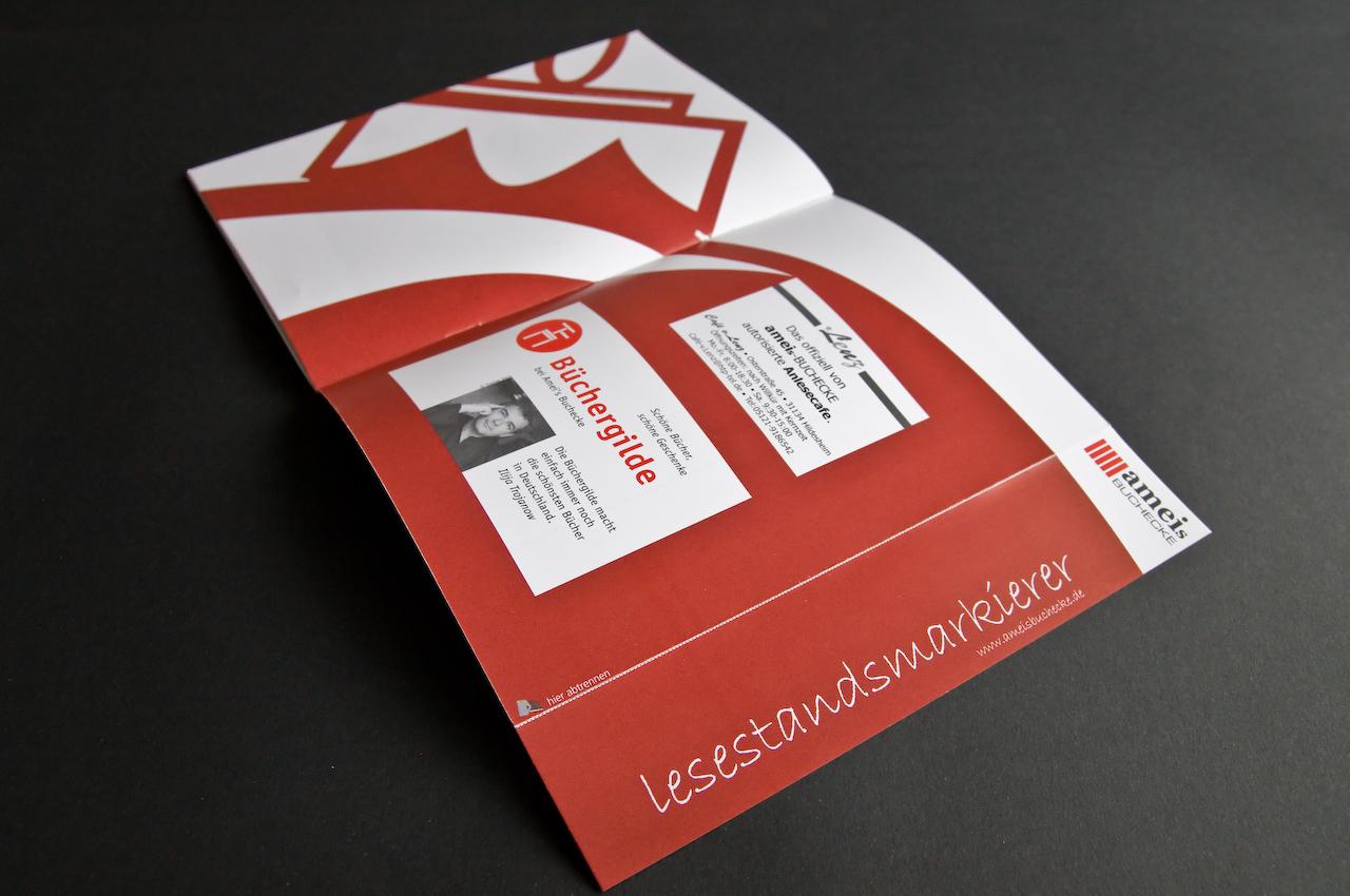 Der Lesestandsmarkierer oder das Lesezeichen kann vom Ende des Heftes abgetrennt werden.