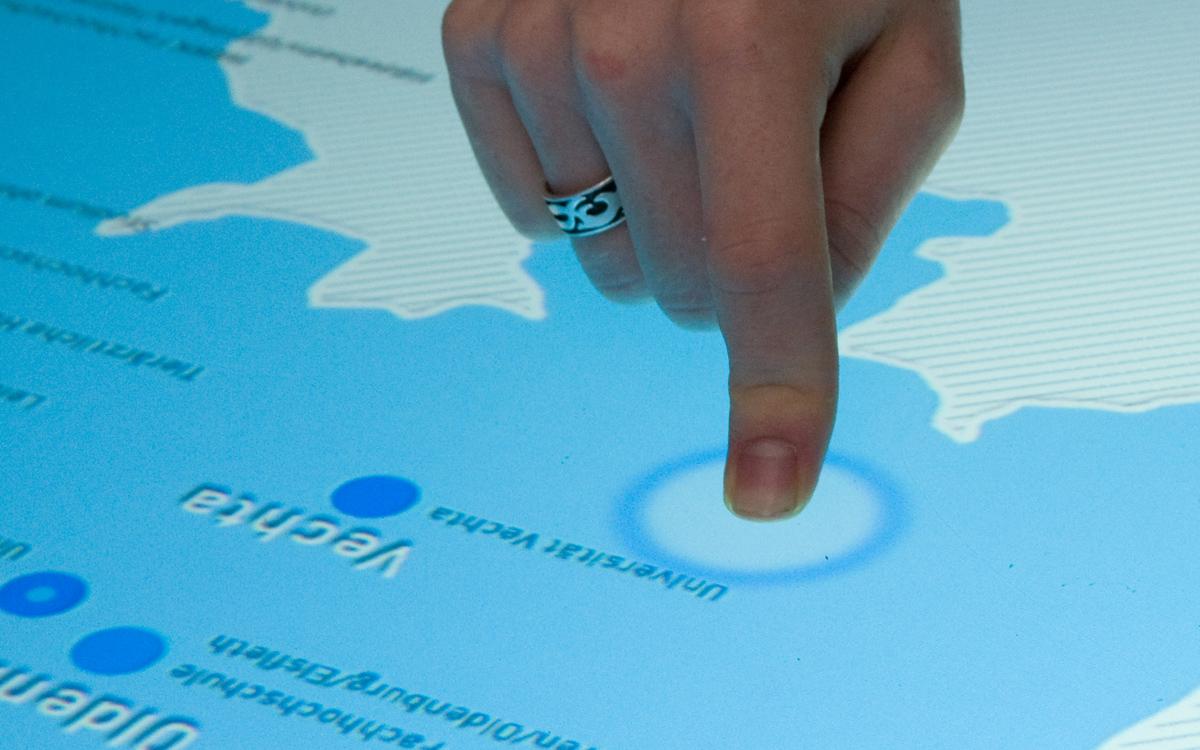 Auf der Karte wird jede Fingerberührung durch eine Animation angezeigt.